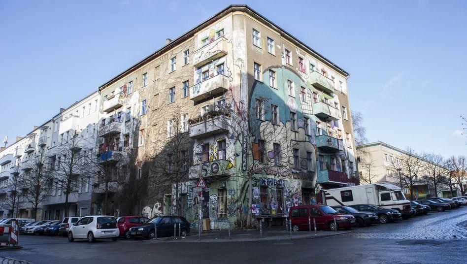 Das Haus in der Rigaer Straße 94: Unruhiger Kiez