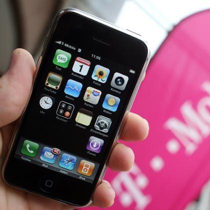 Das iPhone in einem T-Mobile-Geschäft: Kein Verstoß gegen das Kartellrecht