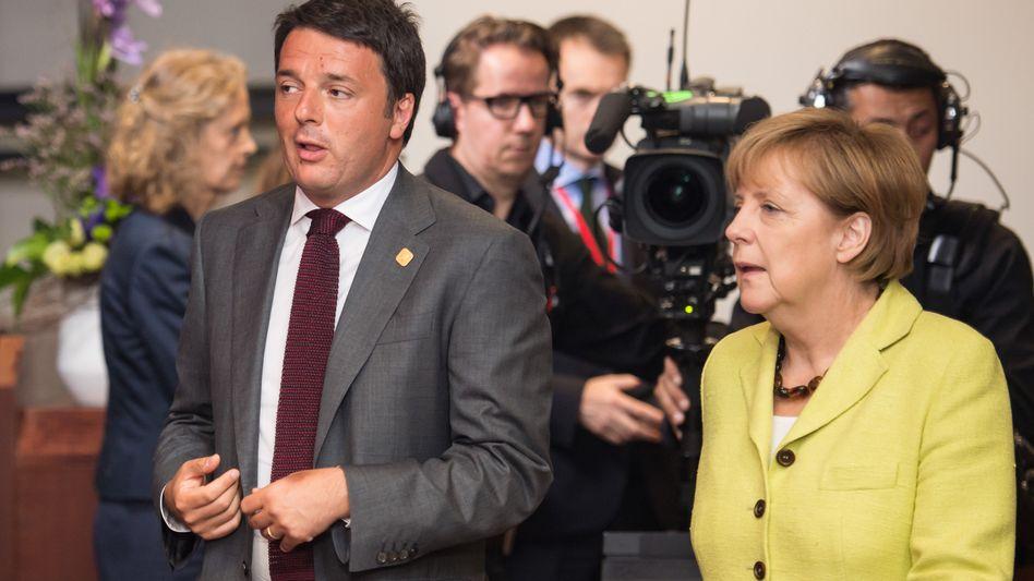Renzi, Merkel im Juli 2014: Die Kanzlerin lässt den Italiener Bella Figura machen