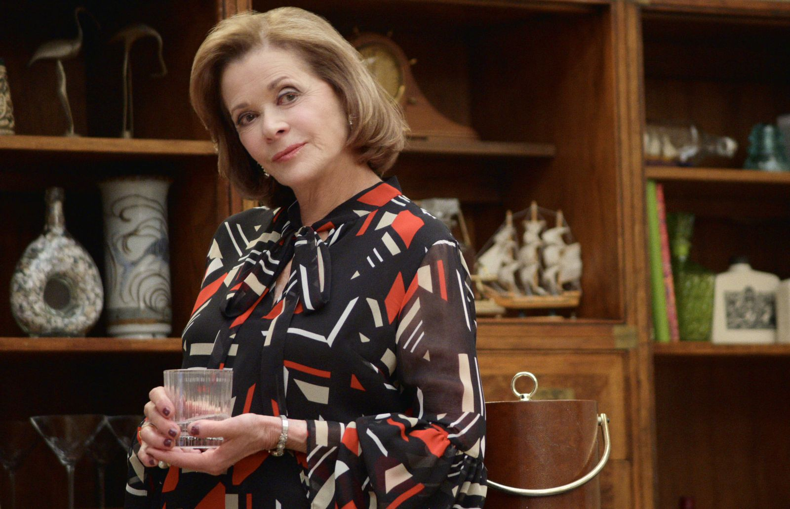 ARRESTED DEVELOPMENT, Jessica Walter, Unexpected Company , (Season 5, ep. 509, airs March 15, 2019). photo: Netflix / Co