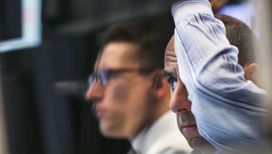 Börsenhändler in Frankfurt am Main: Investoren in Sorge