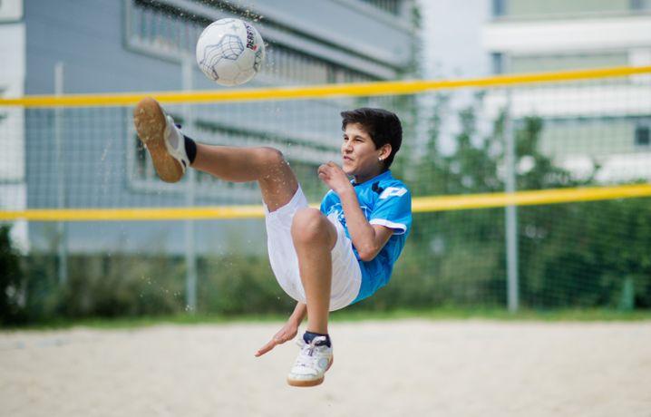 Flüchtlingskind Nohad: Bei einem Fußball-Integrationsprojekt in Hildesheim