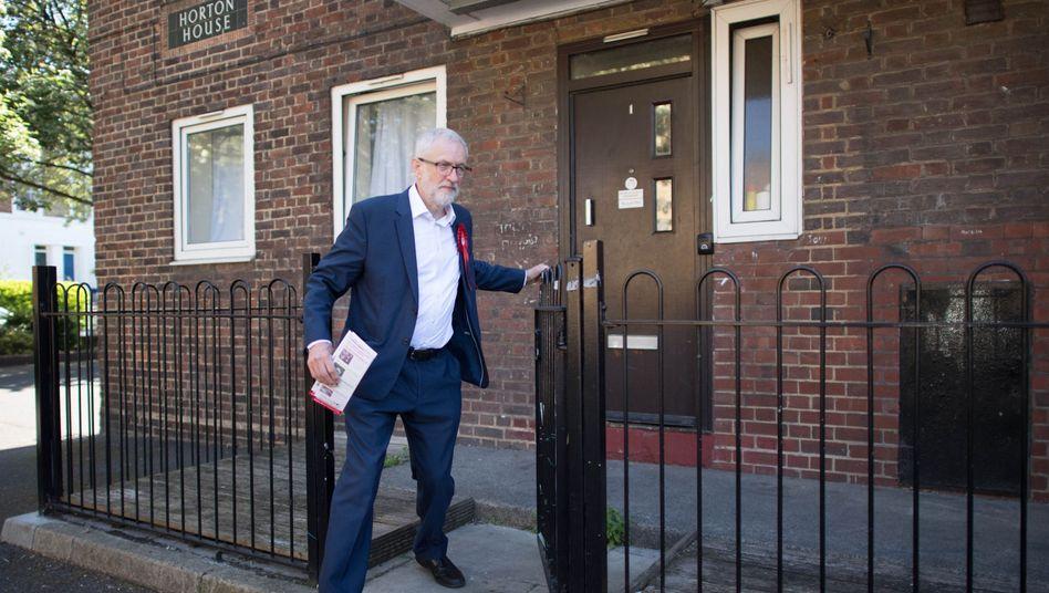 Jeremy Corbyn hat bislang alle vorgeschlagenen Brexit-Deals der britischen Premierministerin abgelehnt