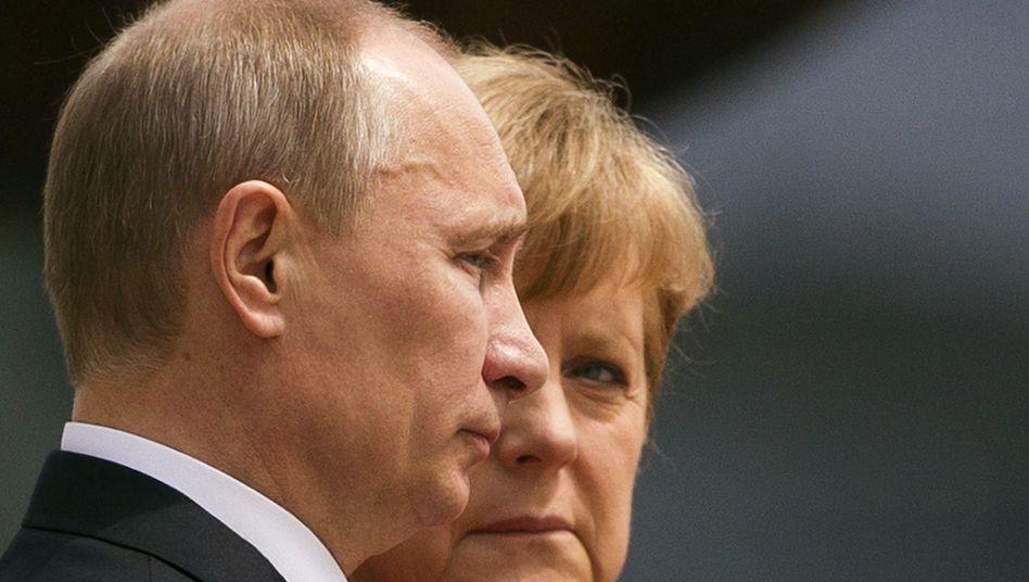 """Merkel, Putin (im Juni 2012): """"Unterschiedliche Wahrnehmung"""""""