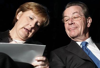 Merkel, Müntefering bei der Einheitsfeier am 3. Oktober: Richtlinienkompetenz keinen Cent wert?