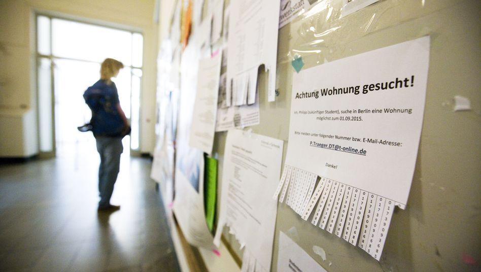 Wohnung gesucht: Schwarzes Brett der Berliner Humboldt-Universität