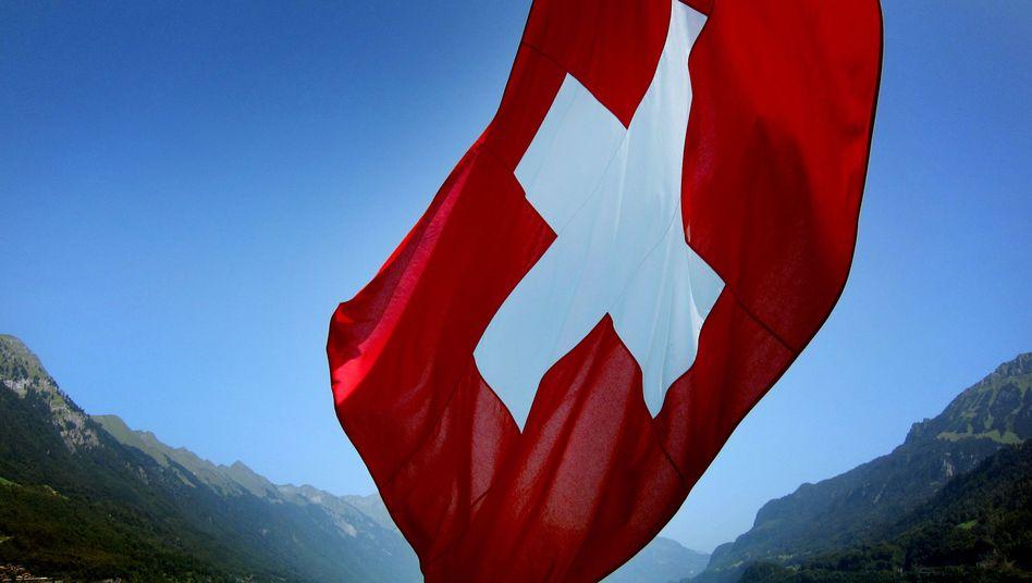 Schweizer Fahne: Regierung schließt Nachverhandlungen bislang aus