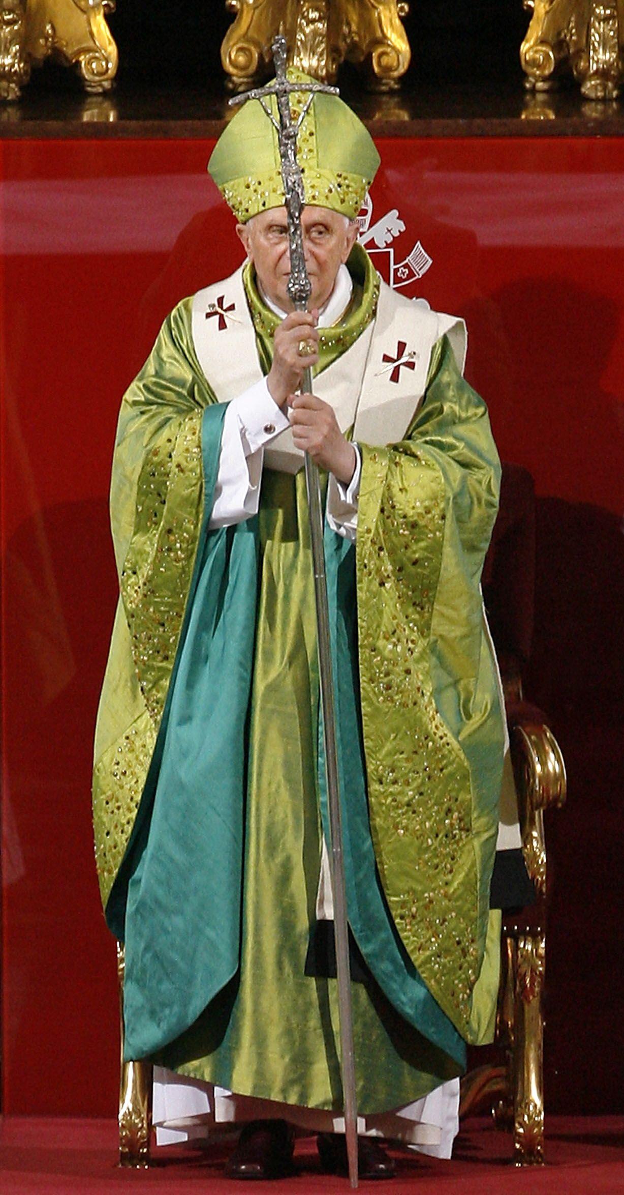 NICHT VERWENDEN Papst