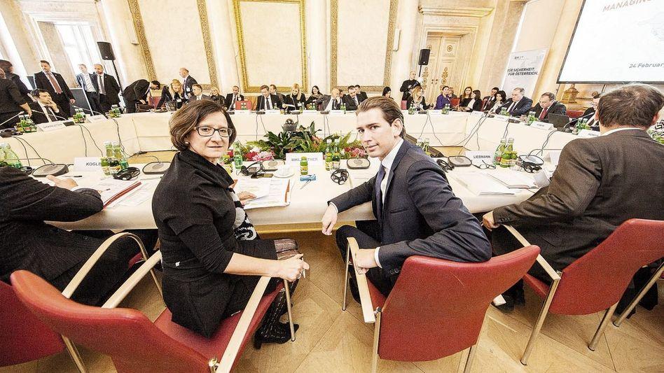 Minister Mikl-Leitner, Kurz bei der Westbalkankonferenz: Ein Land im Kampf gegen die Restwelt