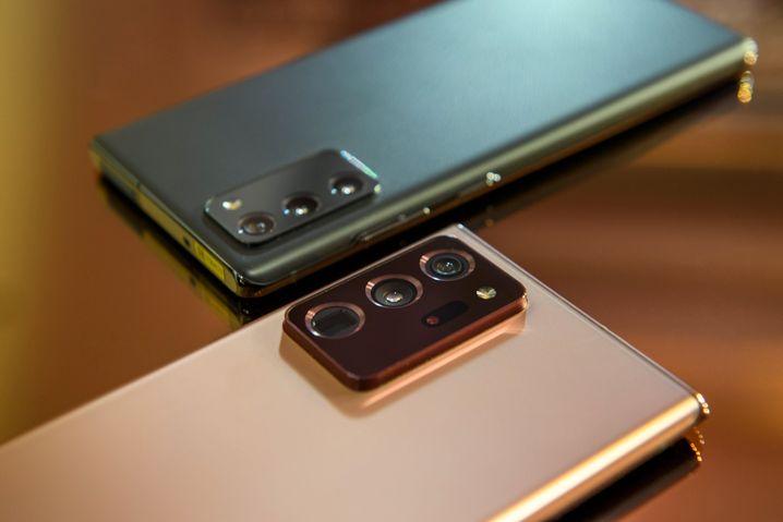 Deutliche Unterschiede bei den Kameras: oben das Galaxy Note 20, unten das Galaxy Note 20 Ultra