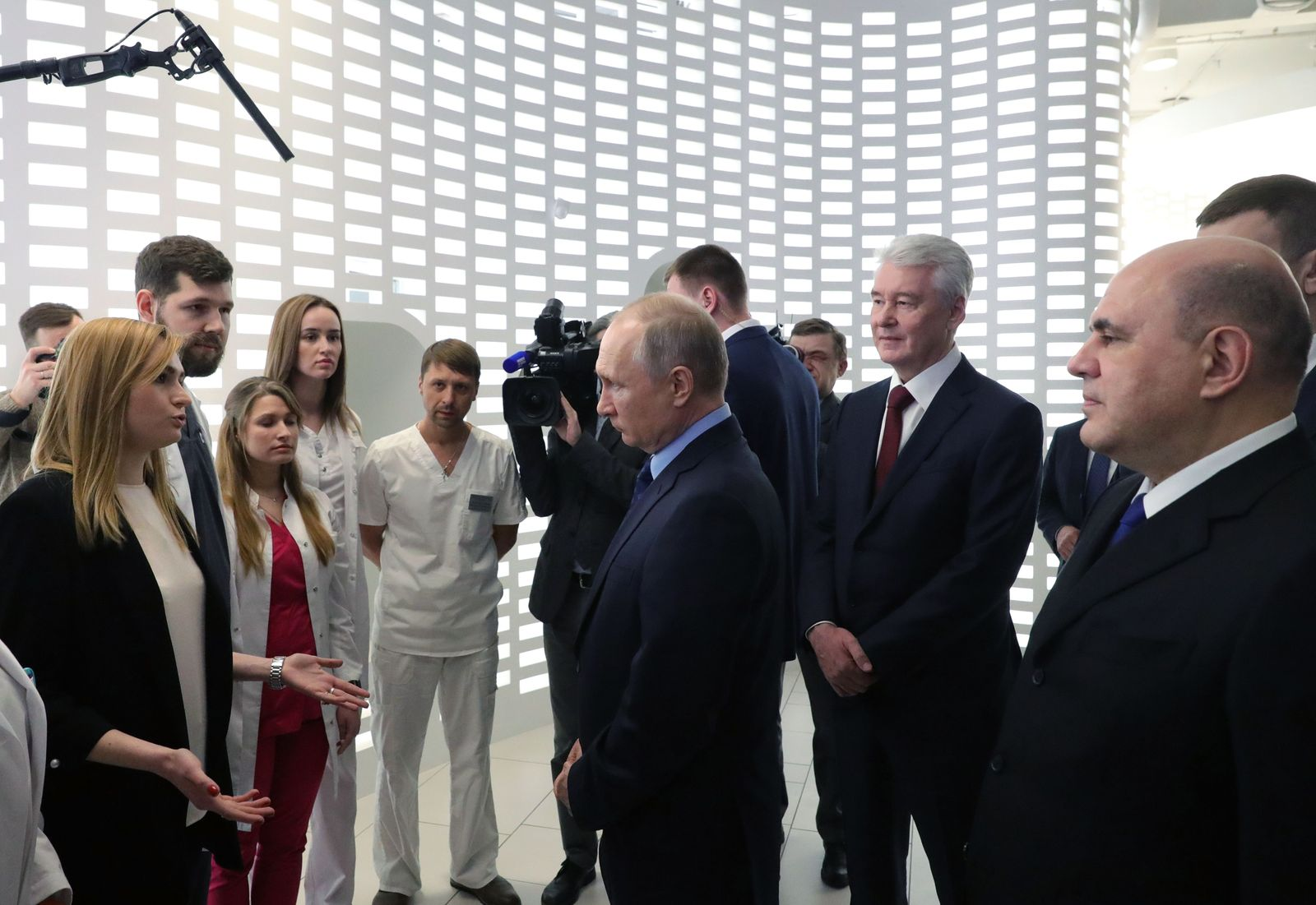 Russia's Coronavirus Emergency Center, Moscow, Russian Federation - 17 Mar 2020