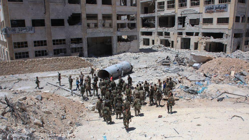 """Belagerung von Aleppo: """"Groß angelegte humanitäre Aktion"""""""