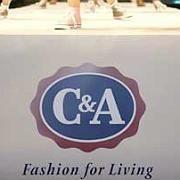 C&A-Logo: Der Bekleidungskonzern mahnt eine Webseite ab, die über ein C&A-Casting berichtet hat
