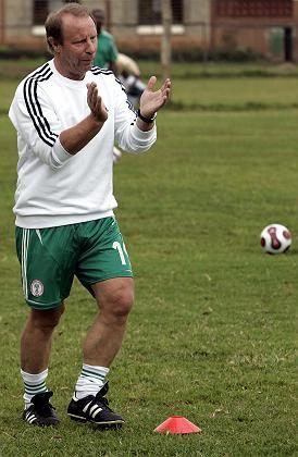 """Trainer Vogts (in Diensten Nigerias): """"Davon weiß ich nichts"""""""