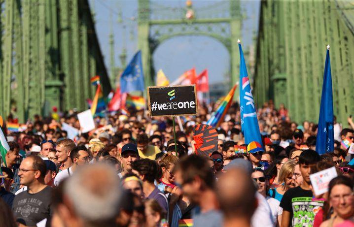 Budapest-Pride Mitte Juli: Mehr als 30.000 Menschen gegen Orbán