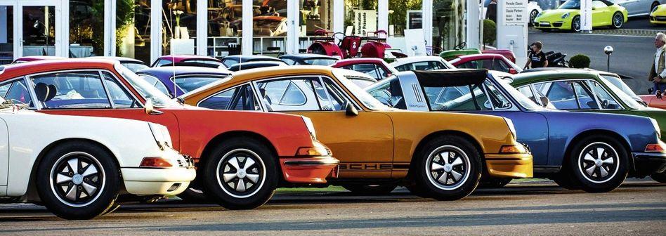Porsche-911-Treffen beim Oldtimer-Grand-Prix auf dem Nürburgring 2012