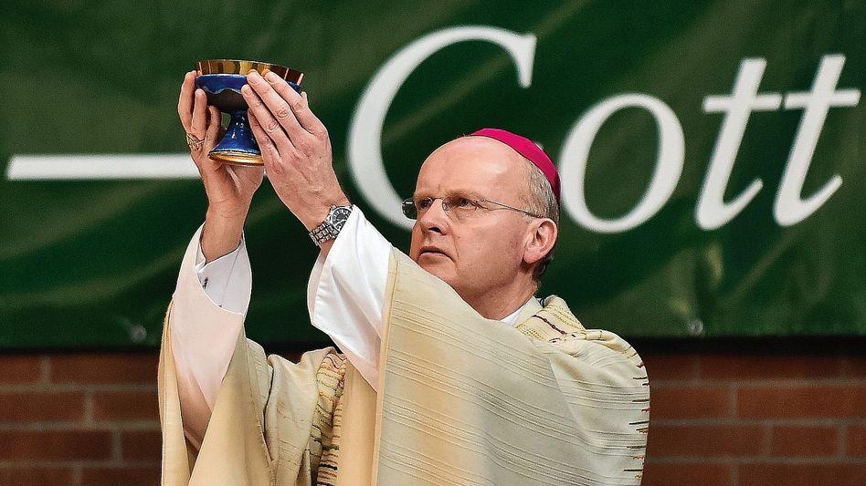 Essener Bischof Overbeck: Vernichtete Belege