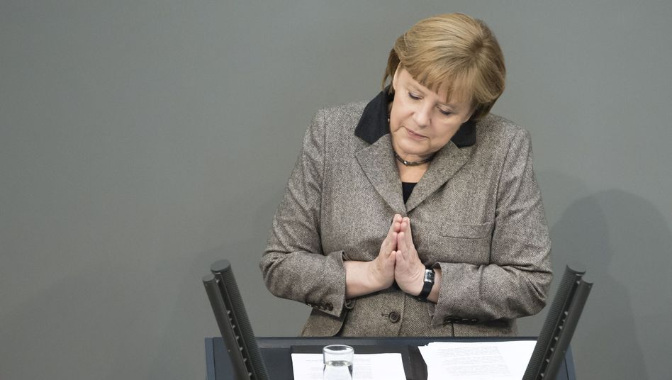 """Merkel im Bundestag (Archiv): """"Ein hartes Stück Arbeit"""""""