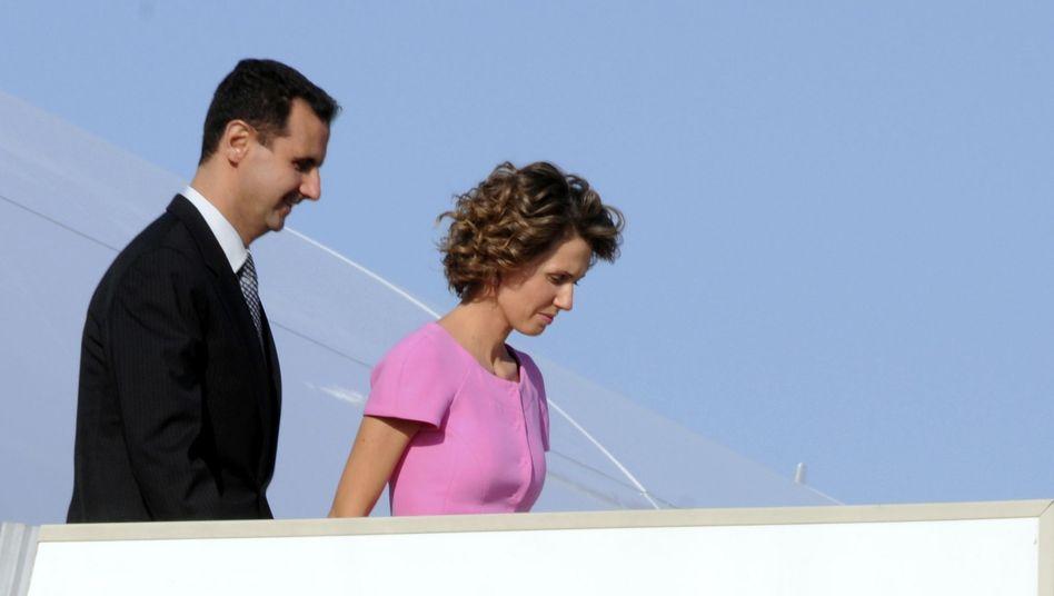 Asma und Baschar al-Assad: Tausende Euro für Kerzenhalter, Tische, Kronleuchter