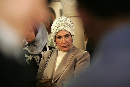 """Erdogan's wife Emine, who wears a headscarf and doesn't get invitations to many public events: """"Injustice has been done to a lot of women, including my wife."""""""