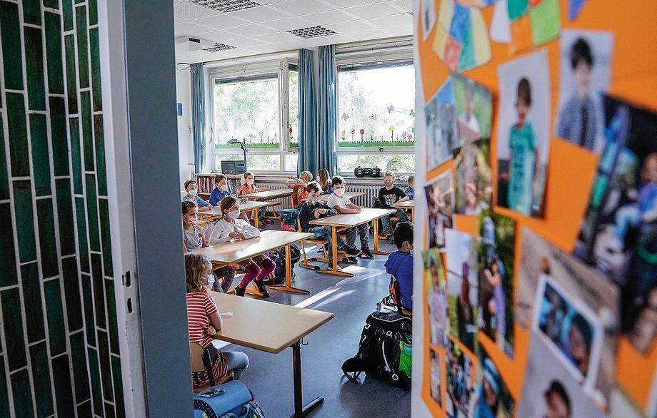 Élèves du primaire à Düsseldorf : pourraient-ils être confrontés à une poursuite de l'apprentissage hybride ou même à la fermeture des écoles ?