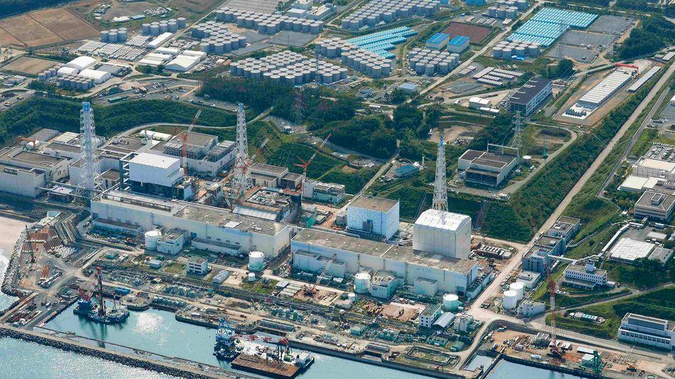 Fukushima-Kraftwerk: 4000 Liter Bindemittel hineingegossen