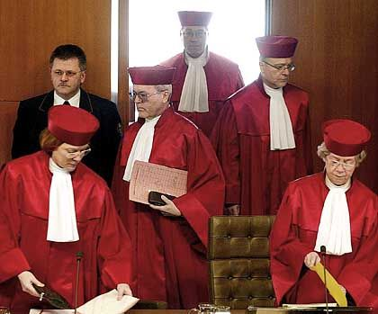 Verfassungsrichter: Heikle Frage ohne endgültige Antwort