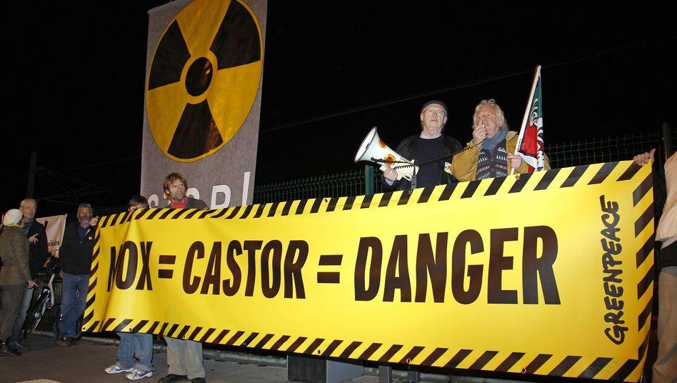 Atommülltransport: Französische Aktivisten blockieren Castor-Gleise