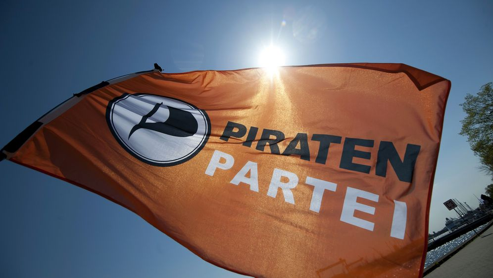 Bunte Haare, buntes Programm: Das Jahr der Piraten in Bildern