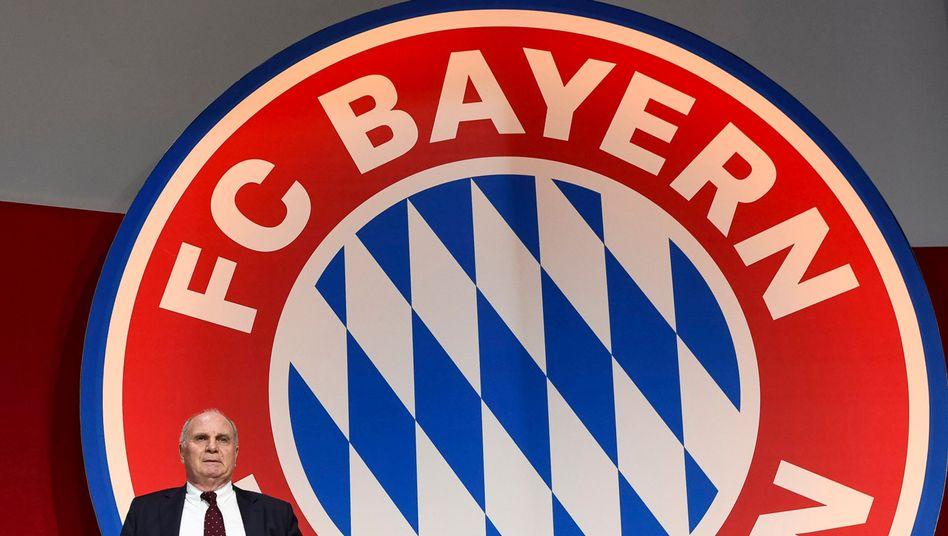 Uli Hoeneß wurde erstmals 2009 Präsident des FC Bayern und war davor jahrelang als Manager des Klubs tätig