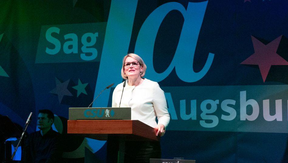"""Wahlkämpferin Weber: """"Ich gehöre zu einer Generation Frauen, für die Gestaltungswillen selbstverständlich ist"""""""""""