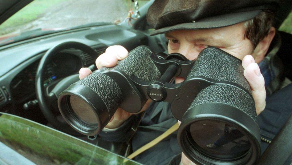 Detektiveinsatz: Nur bei konkretem Verdacht zulässig
