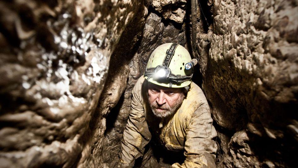 """Holocaust-Doku """"No Place On Earth"""": Die Höhlen, die vor Hitler schützten"""