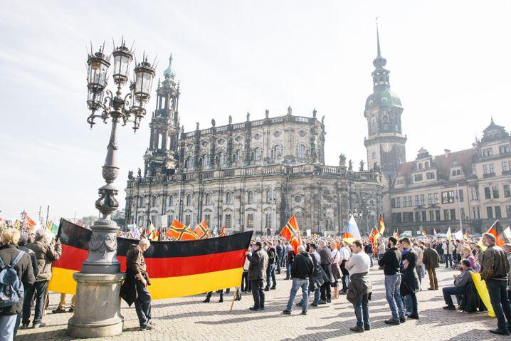 Pegida-Anhänger in Dresden (Archivbild)