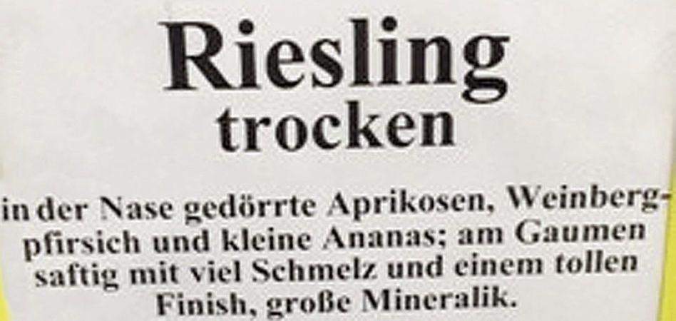 Weinbeschreibung in einem Edeka-Markt in Offenburg