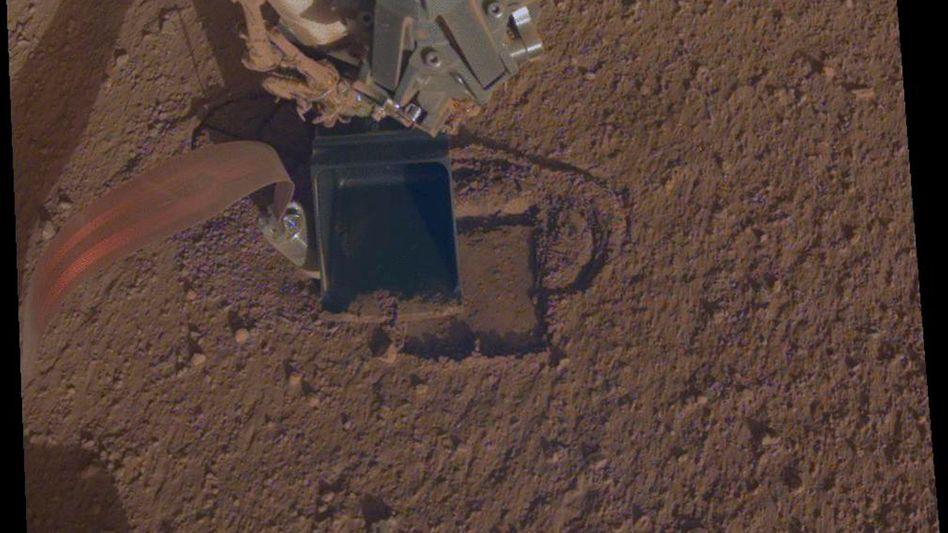 Mars-Maulwurf bei der Arbeit: Landeplatz nördlich des Mars-Äquators