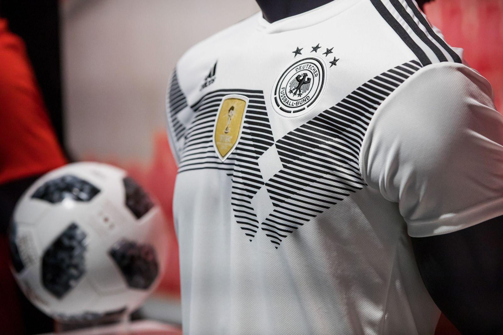 Das Fußball-Geschäft - Wer profitiert von der WM?