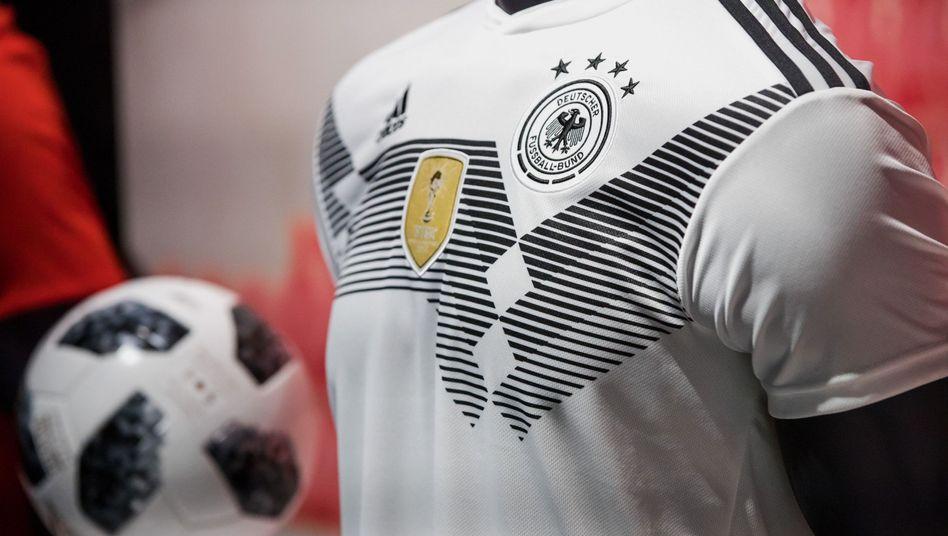 Adidas-Produkte in der Adidas-Zentrale in Herzogenaurach