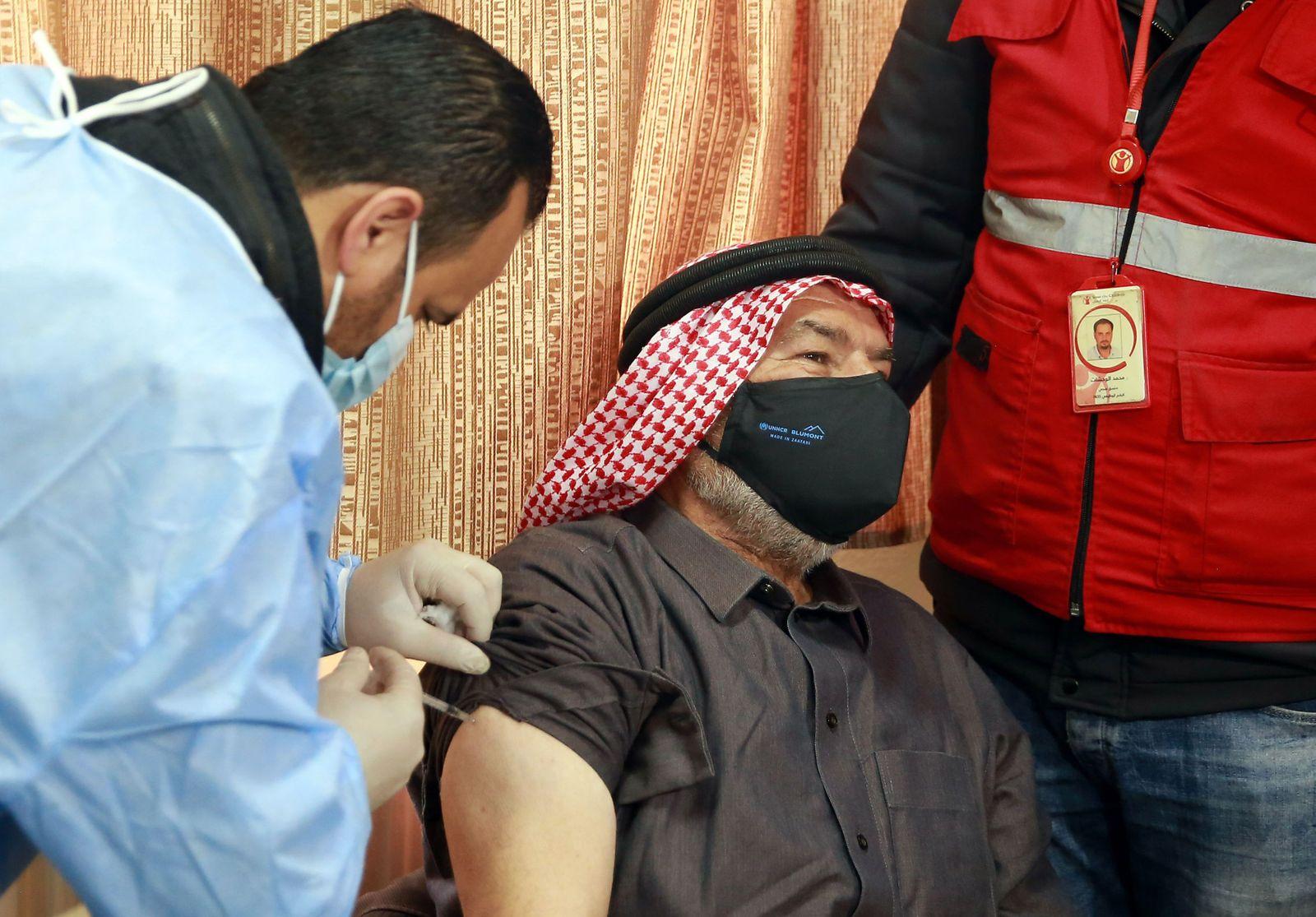 JORDAN-SYRIA-CONFLICT-REFUGEES-HEALTH-VIRUS-VACCINE