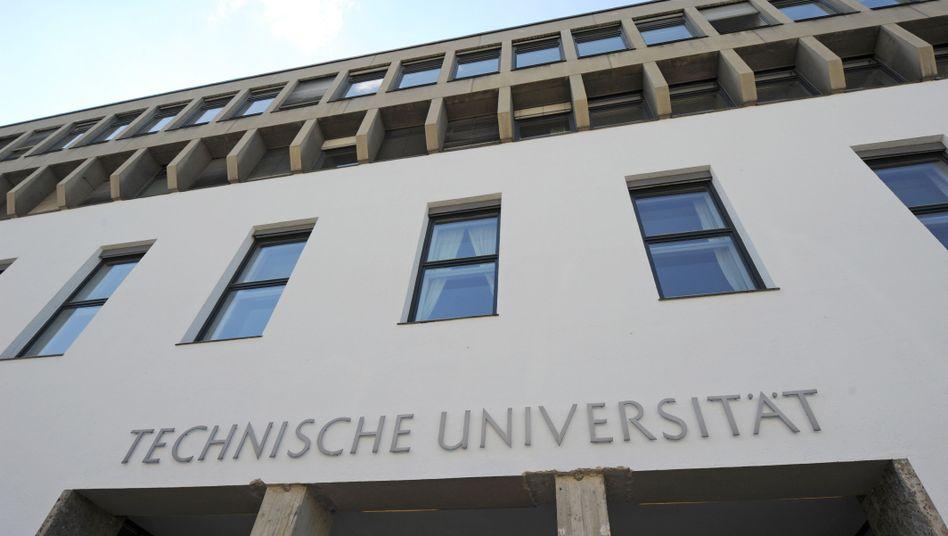 Hauptgebäude der TU München (Archiv)