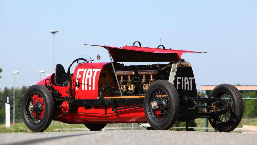 Fiat Mefistofele: Ungeheuer auf Holzrahmen