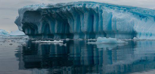 Antarktis: Forscher errechnen dramatischen Eisschwund