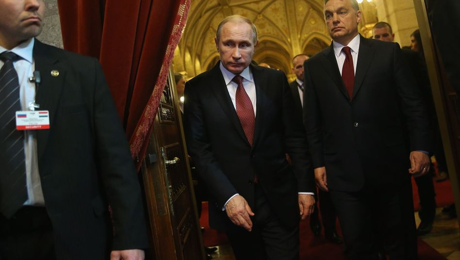 Wladimir Putin (links) und Viktor Orbán (Archivbild)
