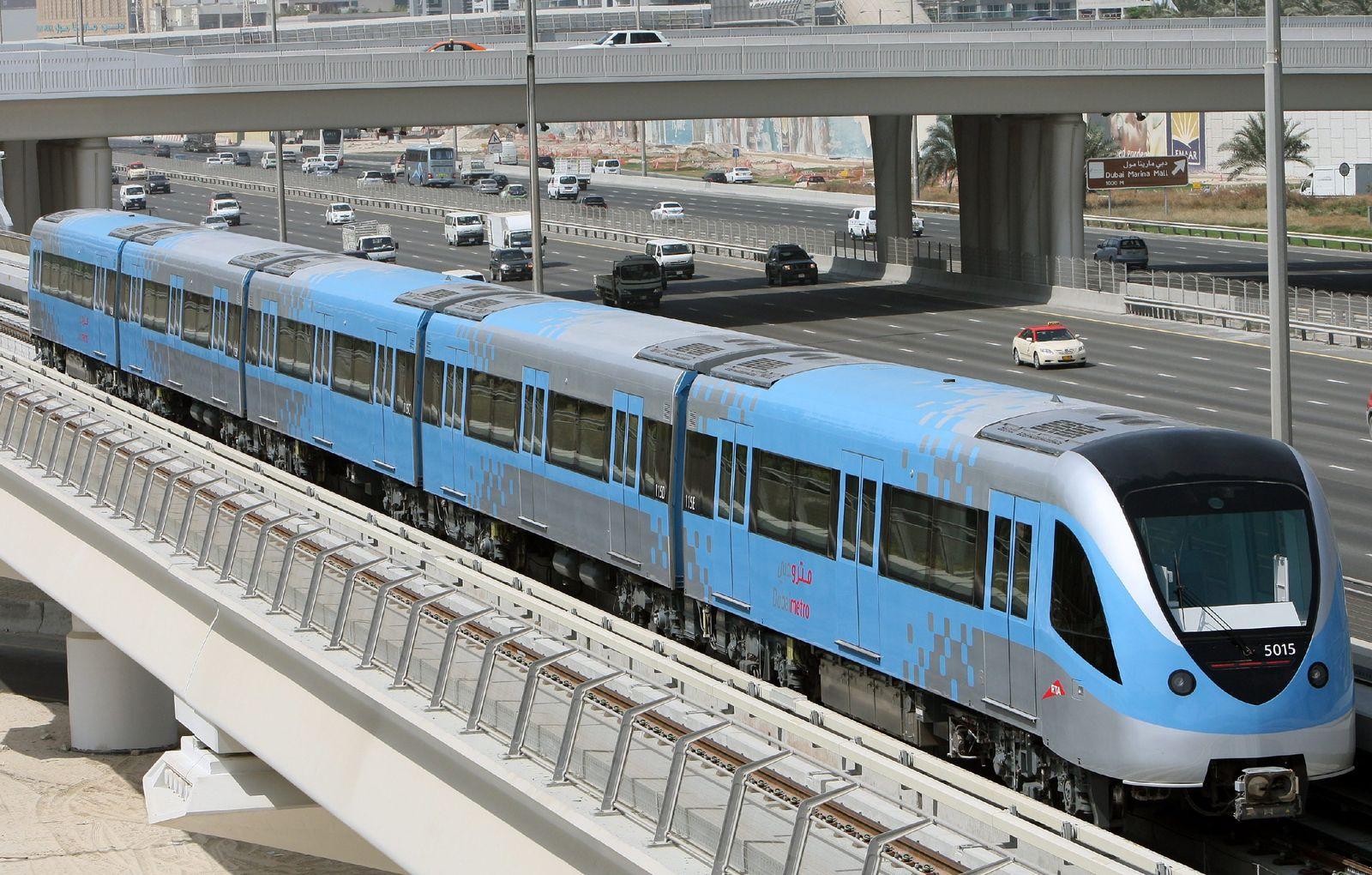 Dubai / Metro
