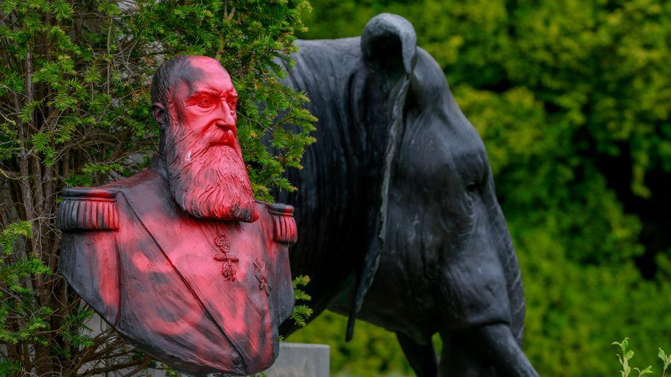 Beschmierte Leopold-Büste im Park des Afrikamuseums in Tervuren: Schmerzhafter Hohn