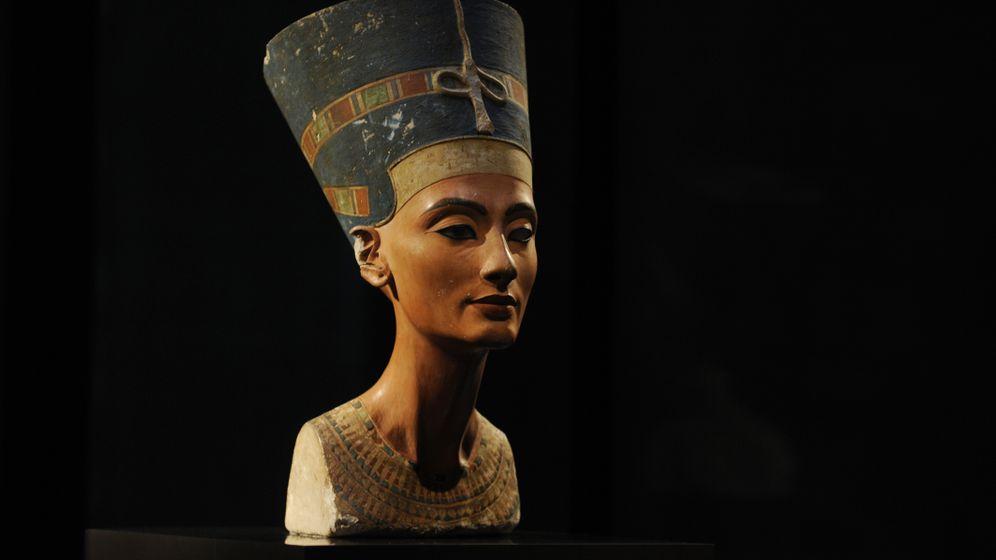 Photo Gallery: The Enigma of Nefertiti