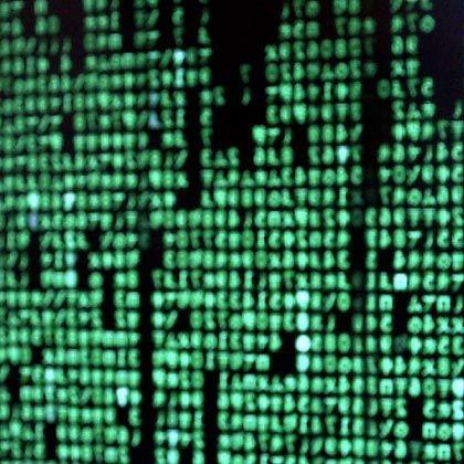 Zahlenkolonnen auf einem PC-Bildschirm: Über eingeschleuste Schadsoftware steuerte ein neuseeländischer Teenager Millionen PCs