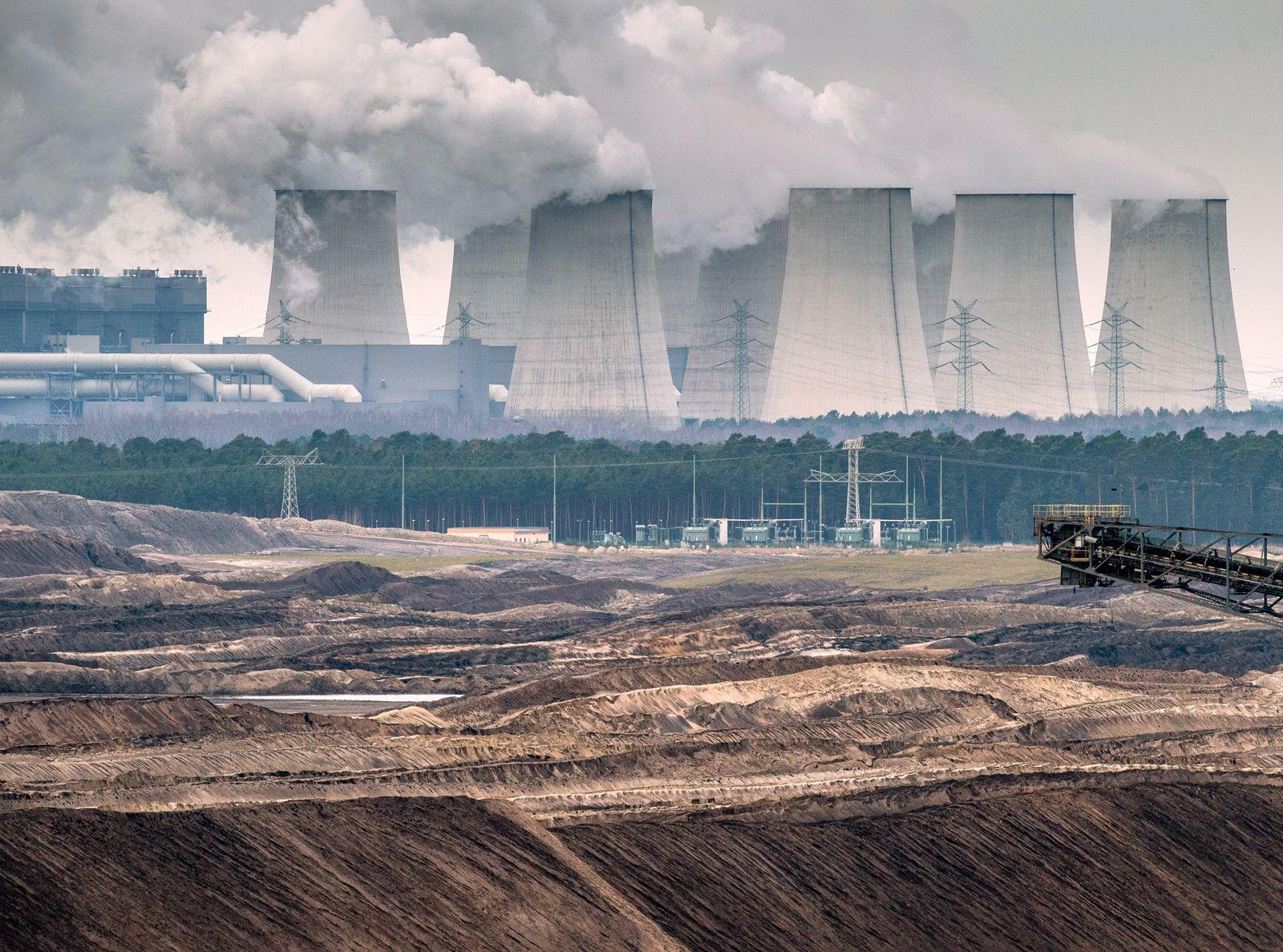 Umwelt / Braunkohletagebau