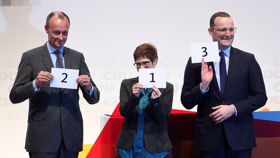 Friedrich Merz, Annegret Kramp-Karrenbauer und Jens Spahn in Lübeck