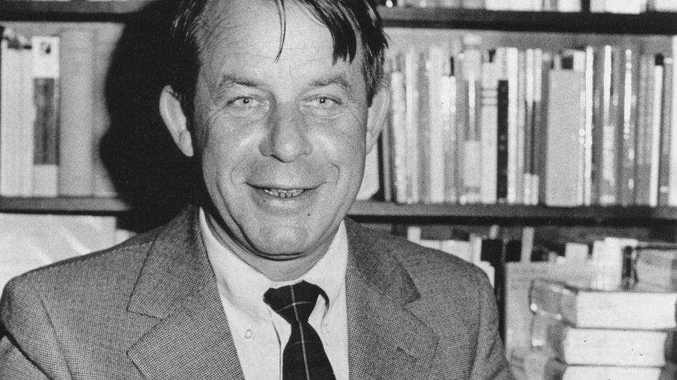Siegfried Lenz (bei einer Lesung 1973): Märchen über den Jahrhundertfisch